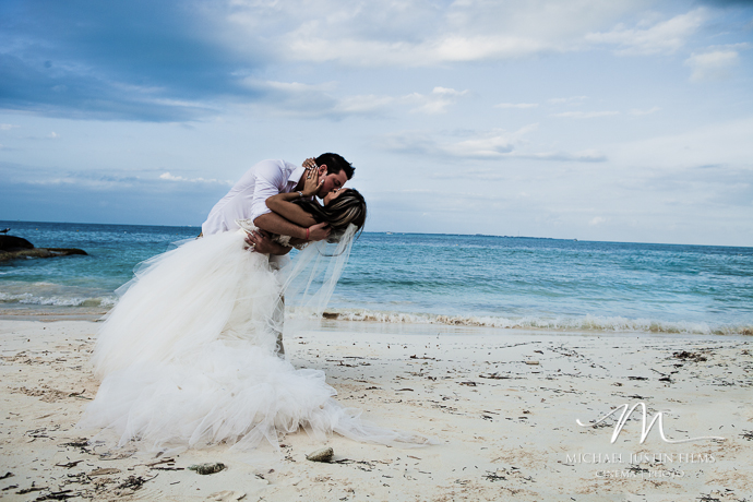 Cancun Mexico Wedding Photos by Michael Justin Films