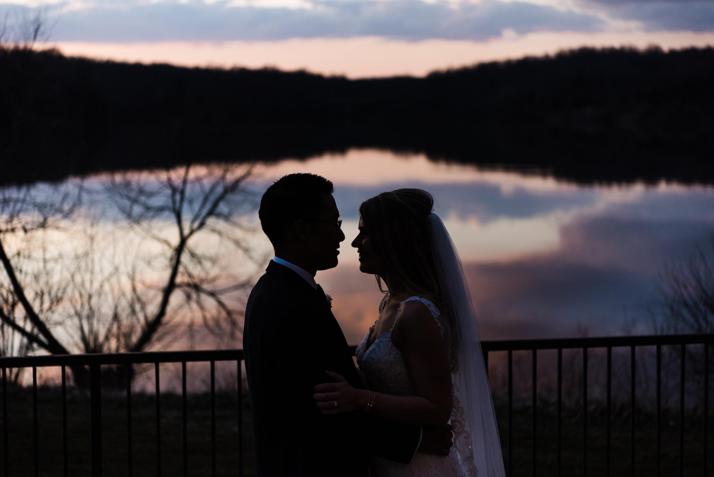 The Lakehouse Inn Wedding Photos